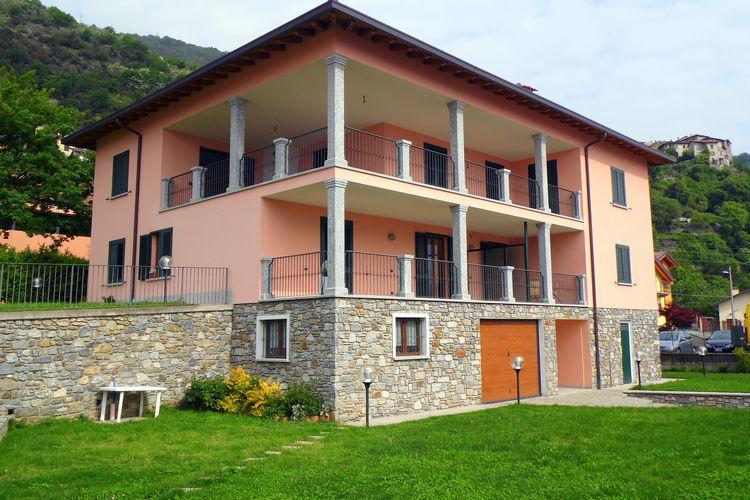 Comfortabel appartement met terras op 300 meter van het meer.