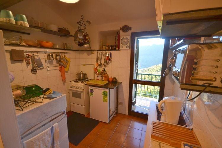 vakantiehuis Italië, lig, Stellanello vakantiehuis IT-17020-17