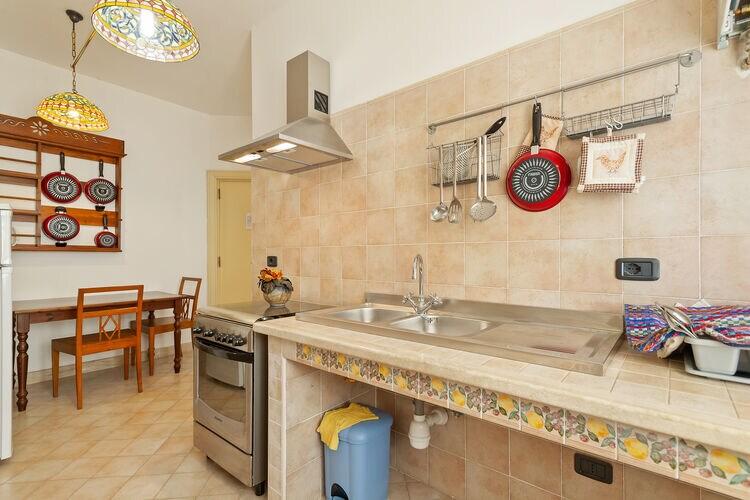 Kasteel Italië, Abruzzo, Rosello Kasteel IT-66040-05