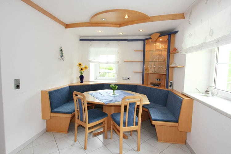 Ref: AT-9831-15 4 Bedrooms Price