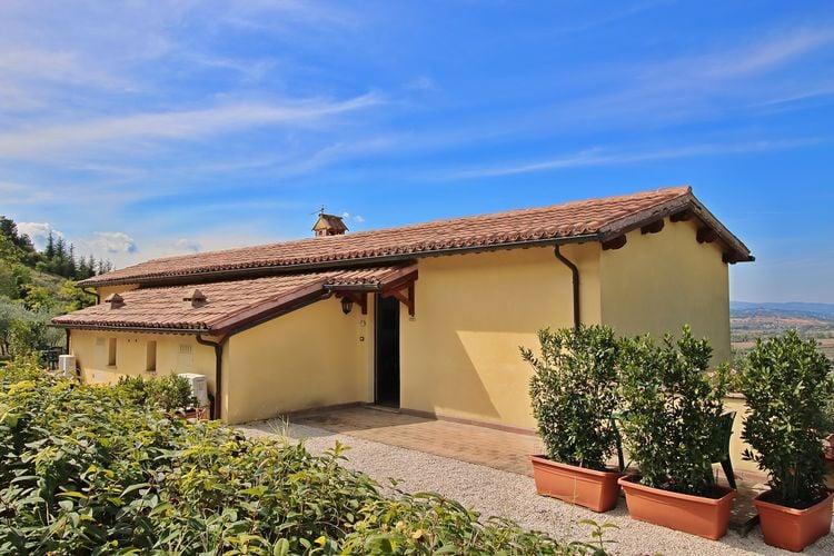 Vakantiehuizen Italie | Umbrie | Boerderij te huur in Trevi met zwembad  met wifi 2 personen