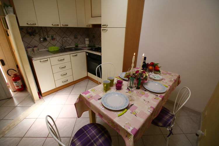 Appartement Italië, Lazio, Tivoli Appartement IT-00019-03