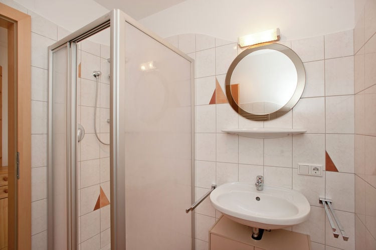 Ref: AT-5710-124 4 Bedrooms Price