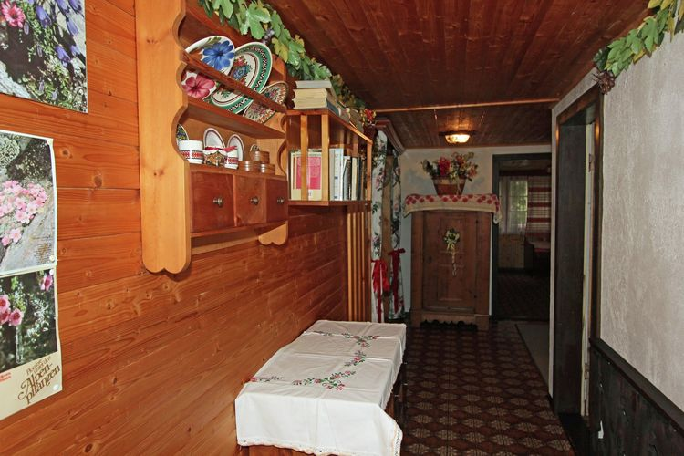 Ref: AT-9971-29 3 Bedrooms Price
