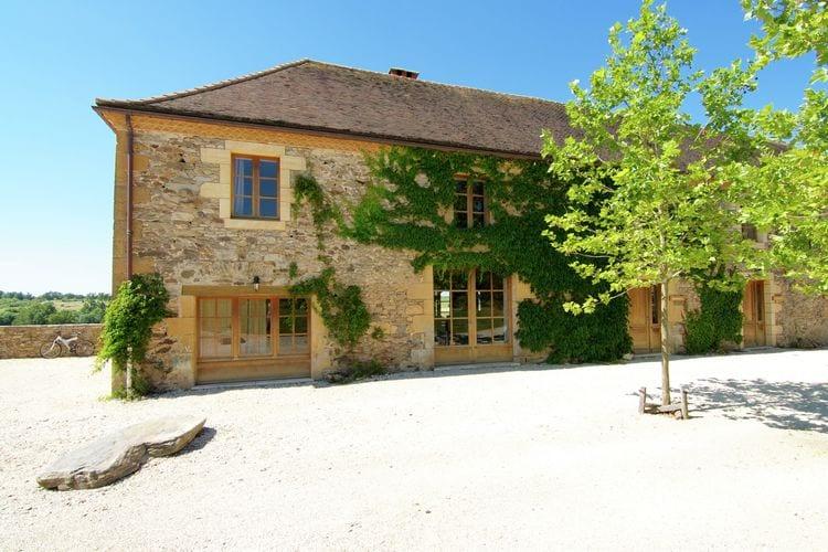 Vakantiehuis met zwembad met wifi  St-Medard-DexcideuilGrange La Guichardie III