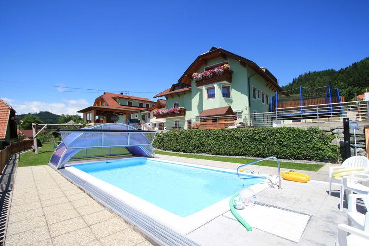 Appartement met zwembad met wifi  KaerntenSchlossblick