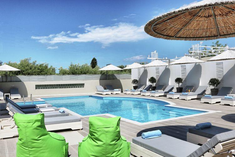 Griekenland Appartementen te huur Nieuwe appartementen, centrum van Elounda, gemeensch.groot zwembad, NO kust