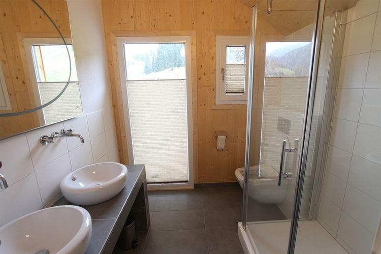 Ref: AT-8861-49 4 Bedrooms Price