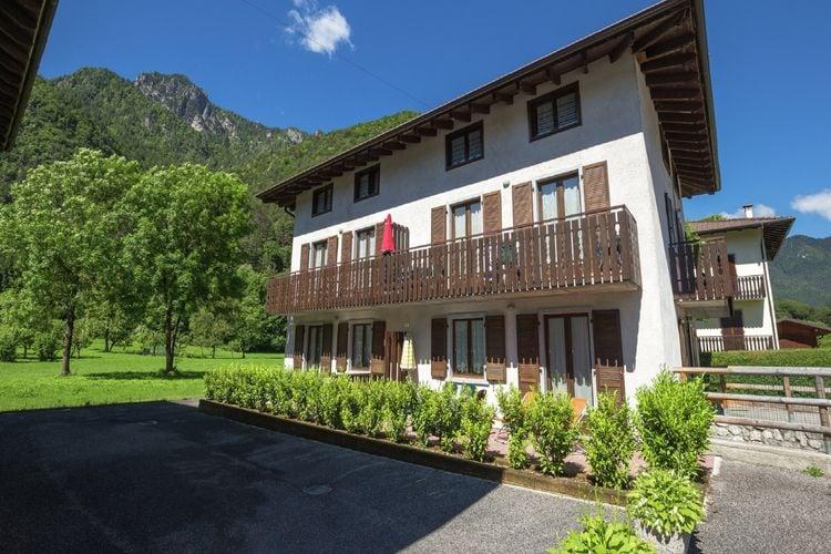 Vakantiehuizen Italie   Italiaanse-Meren   Vakantiehuis te huur in Pieve-di-Ledro   met wifi 4 personen