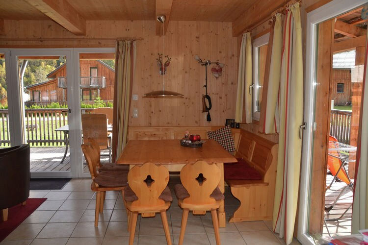 Ref: AT-8862-21 4 Bedrooms Price
