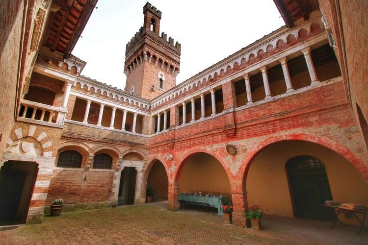Kasteel Italië, Toscana, Sarteano Kasteel IT-53047-11