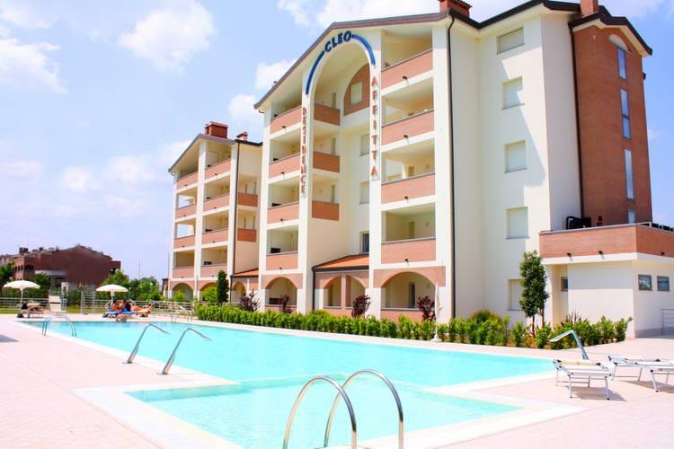 Appartement met zwembad met wifi  Lido-Degli-EstensiResidence Cleo 1