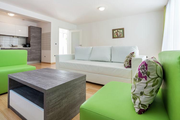 Appartement Kroatië, Dalmatie, Petrcane Appartement HR-23231-07