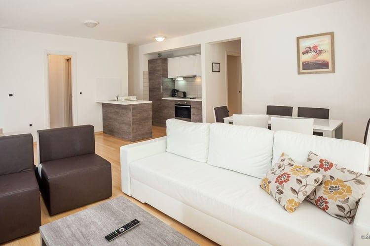Appartement Kroatië, Dalmatie, Petrcane Appartement HR-23231-08