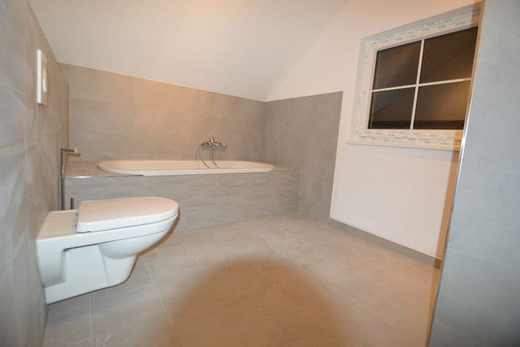 Ref: AT-9546-29 3 Bedrooms Price