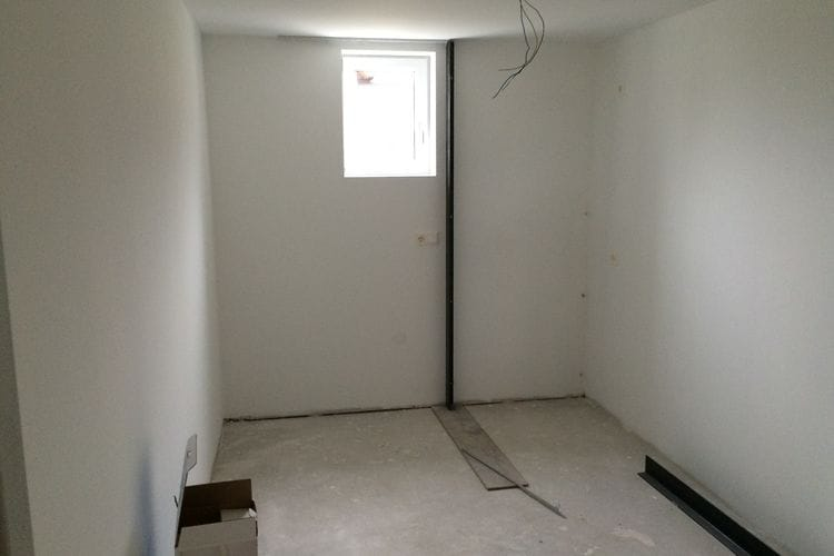 Ref: AT-5581-20 3 Bedrooms Price