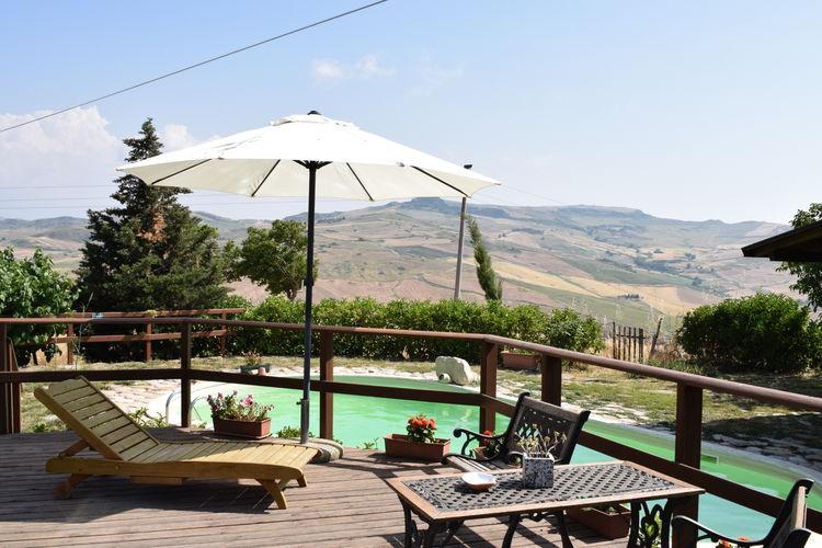 Sicilia Vakantiewoningen te huur Gastvrijheid, rust en heerlijk verse producten staan hier hoog in het vaandel.