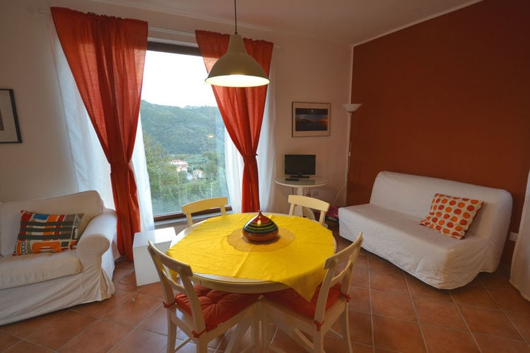 Vakantiehuizen Italie | Campania | Vakantiehuis te huur in Sessa-Cilento met zwembad   10 personen