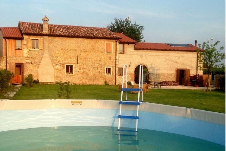 Italie | Veneto | Vakantiehuis te huur in Lonigo met zwembad  met wifi 6 personen