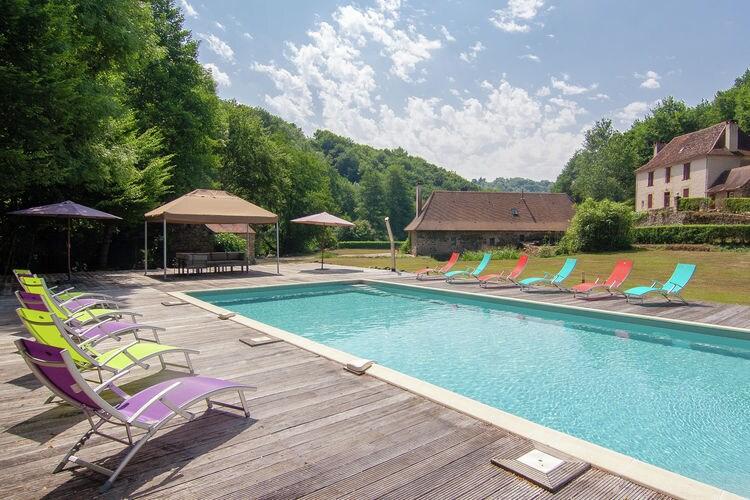 Vakantiehuis met zwembad met wifi  St-Medard-DexcideuilMoulin du Bouc