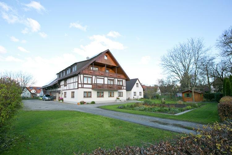 Ruim appartement met overdekt balkon, dicht bij de Bodensee