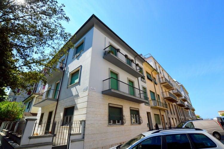Italie | Toscana | Vakantiehuis te huur in Viareggio  aan zee met wifi 6 personen