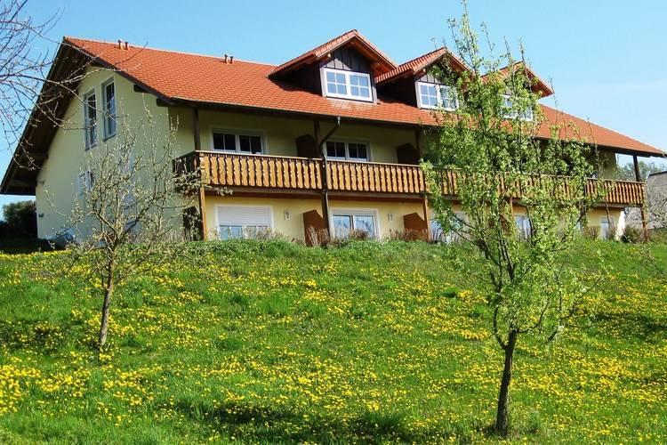 Vakantiehuizen Duitsland | Beieren | Appartement te huur in Rotthalmunster    3 personen