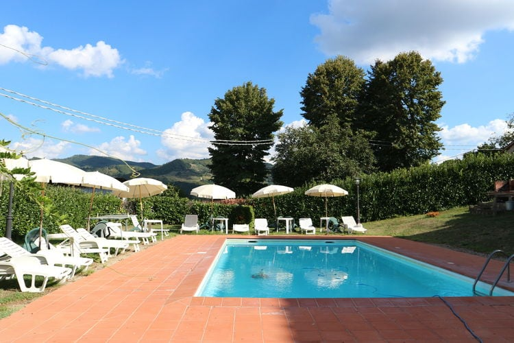 Italie | Toscana | Villa te huur in Vicchio met zwembad  met wifi 14 personen