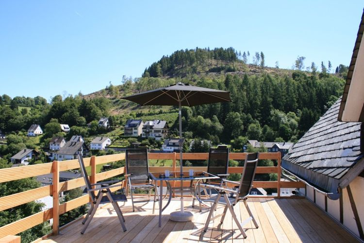 Sauerland Appartementen te huur Appartement vlakbij Willingen met eigen dakterras met prachtig uitzicht