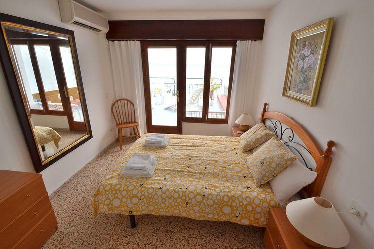 Ref: ES-07400-43 3 Bedrooms Price