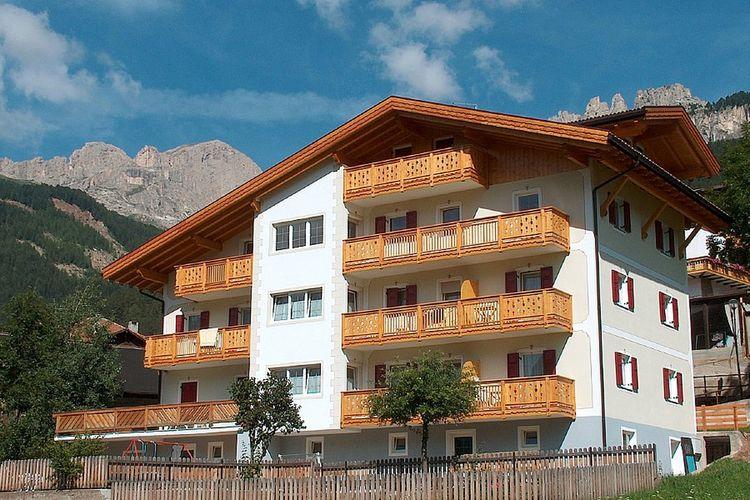 Trentino-alto-adige Appartementen te huur Appartement Ladin-stijl in het hart van de Dolomieten