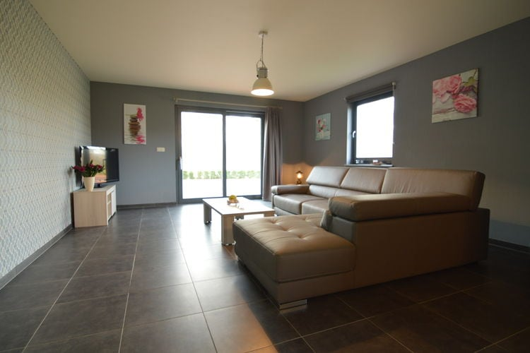 Ref: BE-0561-01 2 Bedrooms Price