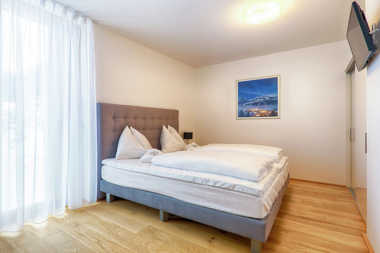 Ref: AT-5700-89 3 Bedrooms Price