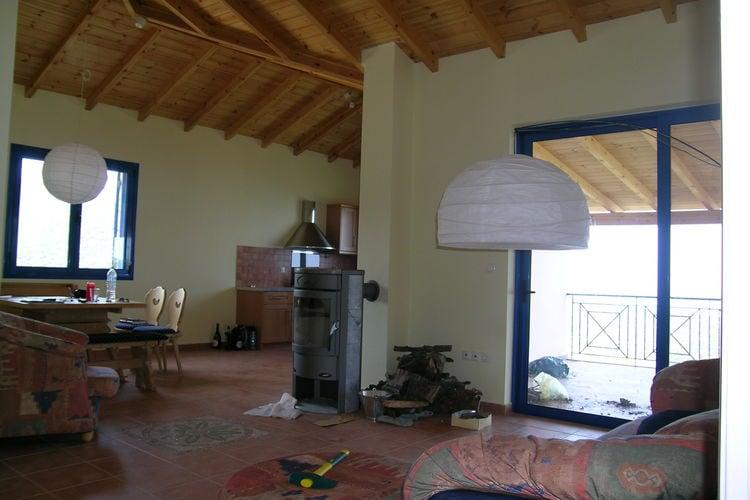 Ref: GR-22001-01 2 Bedrooms Price