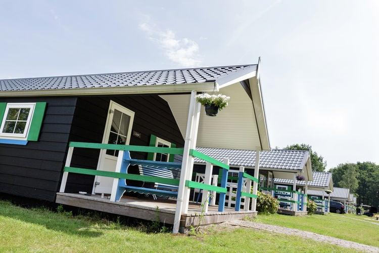 Chalet met zwembad met wifi  IJhorstVakantiepark de Vossenburcht 7