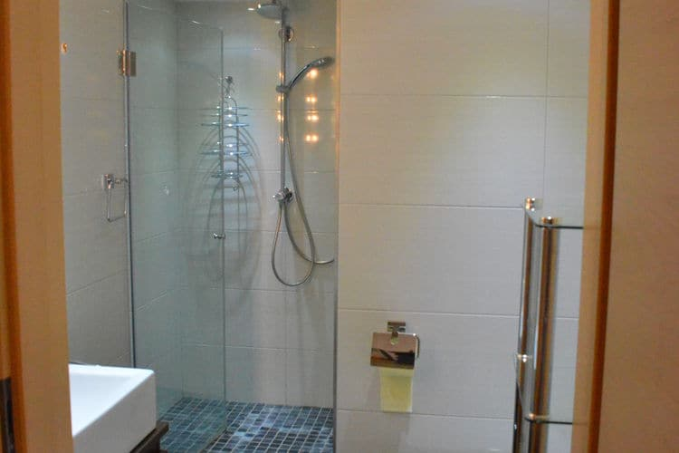Ref: AT-5721-94 3 Bedrooms Price