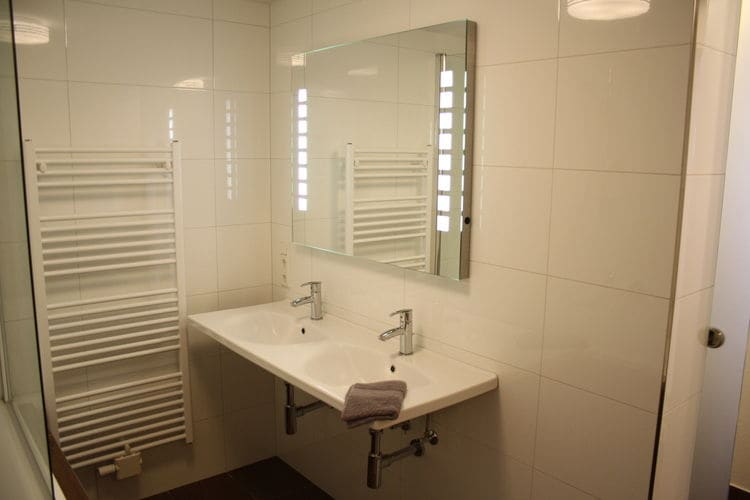 Ref: AT-5721-95 4 Bedrooms Price