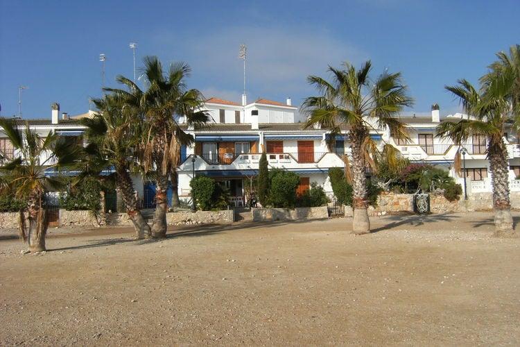 Costa Dorada Vakantiewoningen te huur Charmante villa gelegen op loopafstand van het centrum en het strand