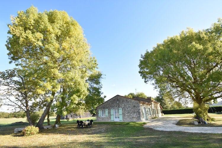 Frankrijk | Dordogne | Vakantiehuis te huur in Saint-Nexans   met wifi 4 personen