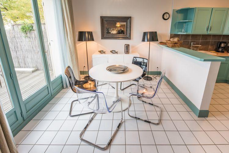 Vakantiewoning Frankrijk, Champagne-ardenne, Mesnil-Saint-Pere vakantiewoning FR-10140-04