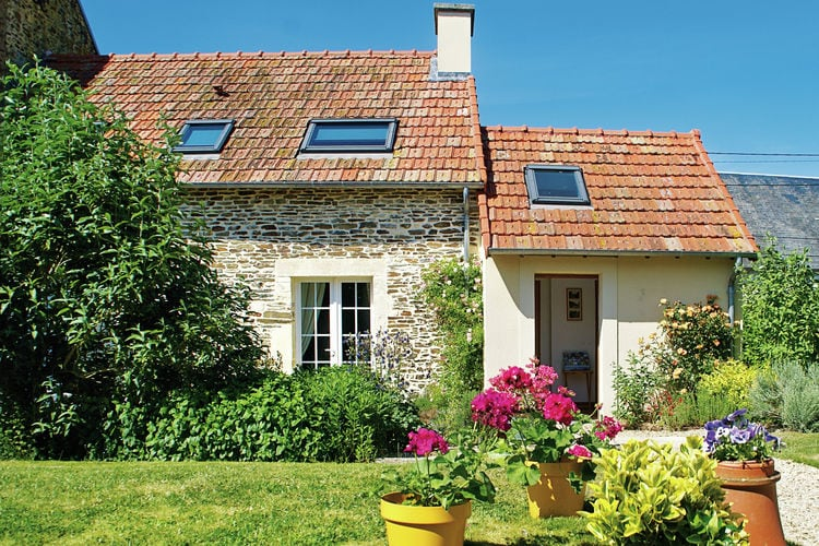 Normandie Vakantiewoningen te huur Knus, geschakeld vakantiehuis met gezellige tuin in historisch Normandië