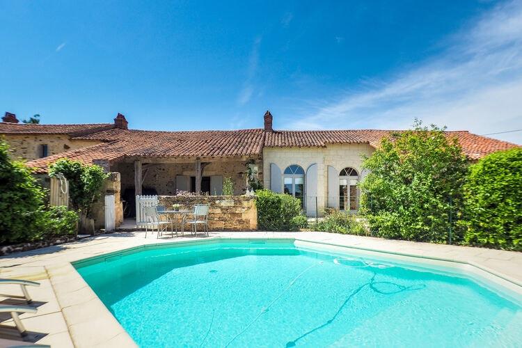 Vakantiehuis met zwembad met wifi  St-Laurent-de-la-SalleL