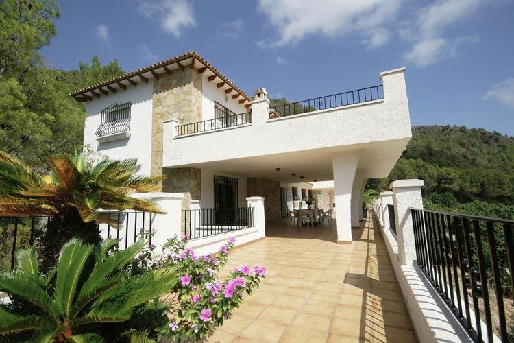 Villa met zwembad  aan zee Adsubia-Forna  Prachtige villa met mooi uitzicht op enorm privéterrein in Pego