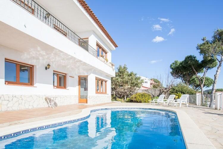 Blanes Vakantiewoningen te huur Vrijstaande villa bij Blanes met privé-zwembad en boomgaard