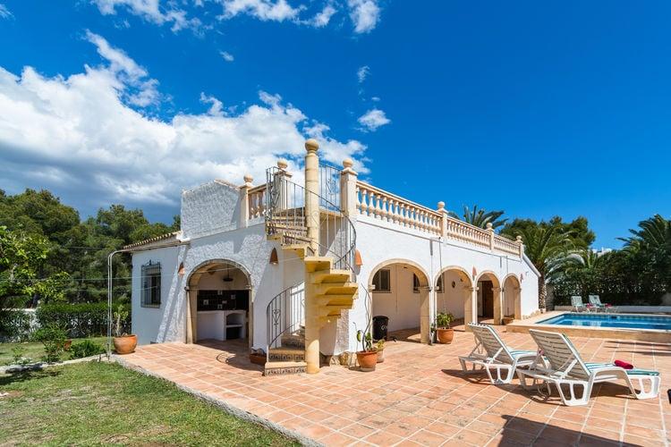 Villa met zwembad met wifi  MorairaCasa Manzano