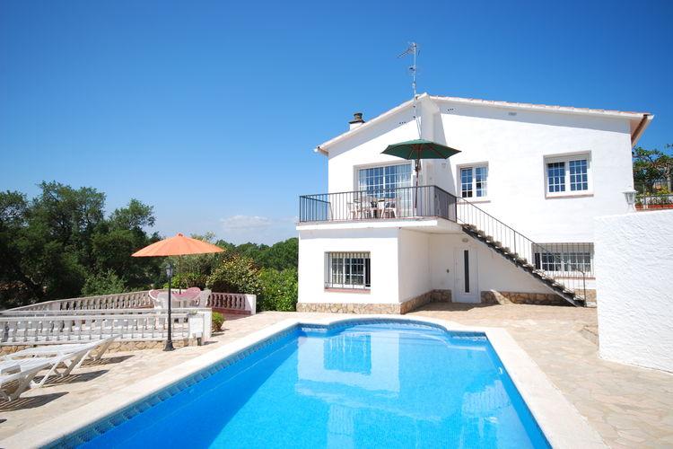 Spanje | Costa-Brava | Villa te huur in Lloret-de-mar met zwembad  met wifi 5 personen