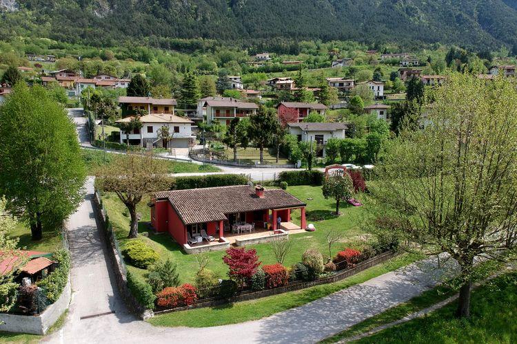 Villa Italië, Italiaanse Meren, Idro (bs) Villa IT-25074-25