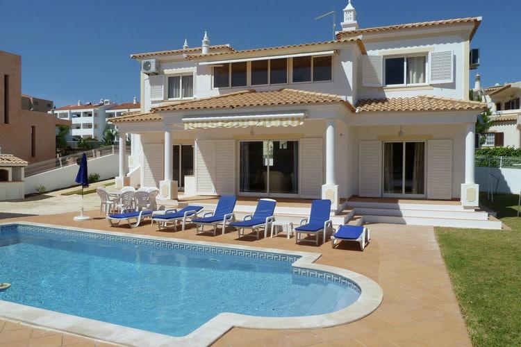 Albufeira Vakantiewoningen te huur Luxe villa bij Albufeira met privé-zwembad en op 300 m van het strand van Galé