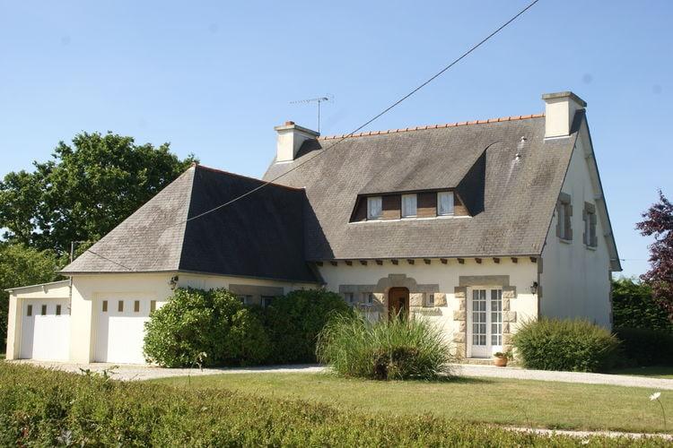 Hénansal Vakantiewoningen te huur Vrijstaand vakantiehuis met tuin om cultuurrijk Noord-Bretagne te verkennen