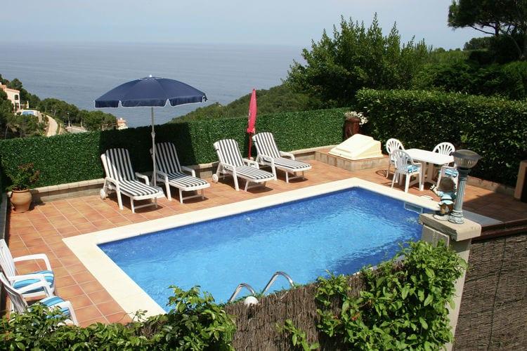 Vakantiewoning huren in Begur - met zwembad  met wifi met zwembad voor 6 personen  Dit vakantiehuis is tegen een heuv..